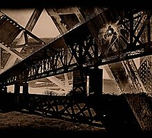 Rail Bridge.... by Thomas Eggert