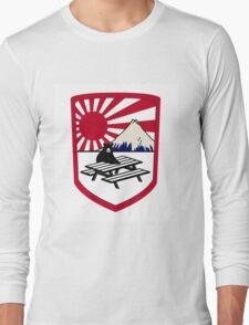 rising sun bear Long Sleeve T-Shirt