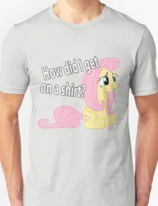 Fluttershy out of place T-Shirt