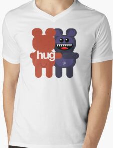 BEARD BEAR HUG 2 Mens V-Neck T-Shirt