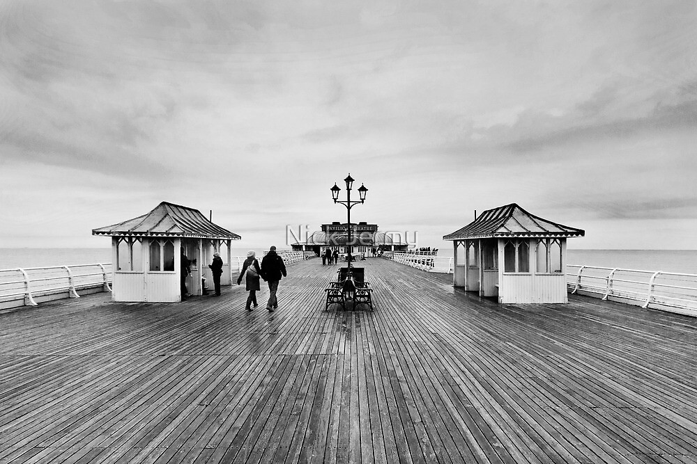 Cromer Pier by Nick Jermy