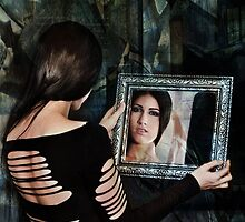 Mirror stage by annacuypers