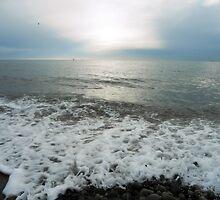 Waves, Kilkeel Beach by colettelydon