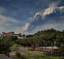 Etna: 6° parossismo 2012  by Andrea Rapisarda