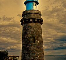 Teignmouth Lighthouse by Catherine Hamilton-Veal  ©