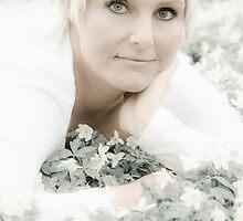 Anemone Muse by Ulla Jensen