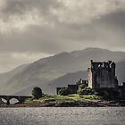 Eilean Donan by Vaidotas Mieikis
