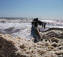 Seaform On Lowestoft Beach by DCLehnsherr