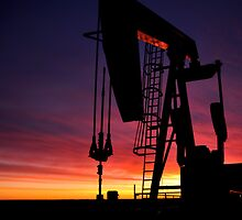 Bakken oil well. by pdsfotoart