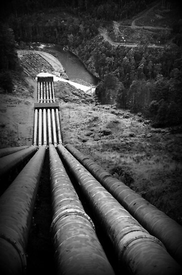 A DAM LONG WAY FROM THE TOP by myraj