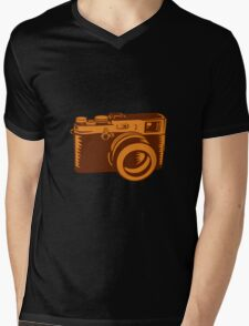 Camera 35mm Vintage Woodcut Mens V-Neck T-Shirt