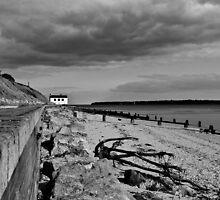 Lepe coast guard house 04-2012 by Richard Hepworth