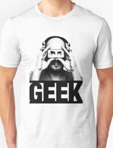 GEEK slogan, nerd with headphones & iphone Unisex T-Shirt