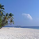 Thudufushi, Maldives: White, Blue and Green by presbi