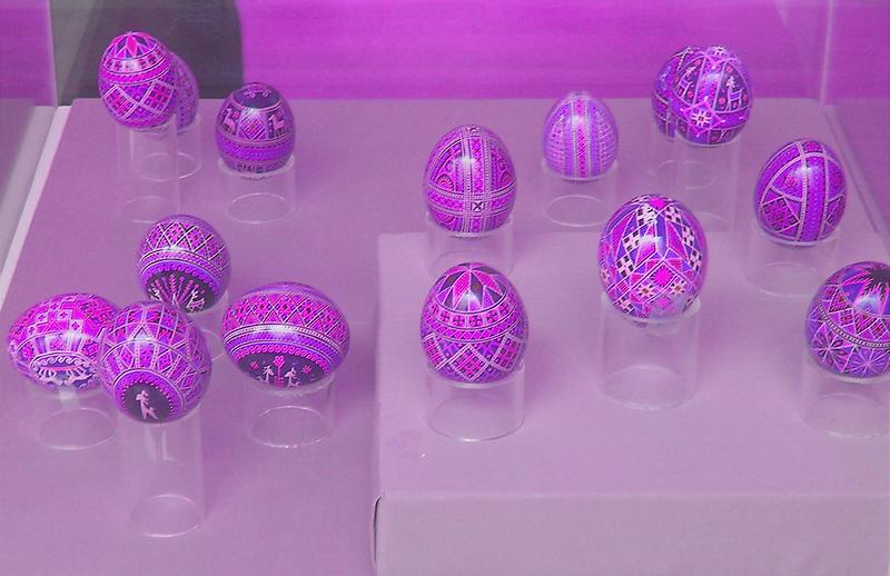 Pastel Eggs [Pysanka] by peterrobinsonjr