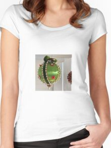 Going For Baroque Women's Fitted Scoop T-Shirt