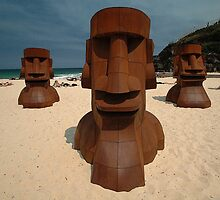 Easter Islander Sculptures @ Tamarama Beach 2011 by muz2142