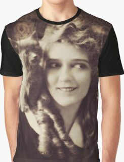 Mary Pickford - Vintage Lady with kitten - Vintage Selfie Graphic T-Shirt