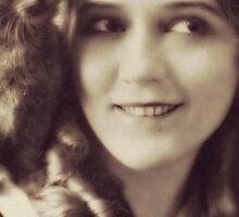 Mary Pickford - Vintage Lady with kitten - Vintage Selfie Sticker