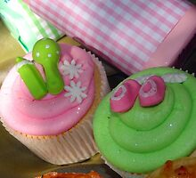 Cup cakes for new baby... by suzUnLtd
