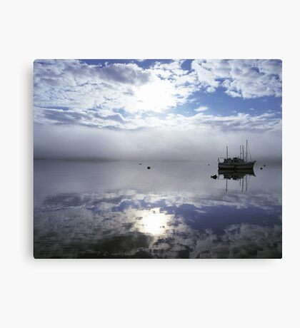 Lone boat Tobermory Canvas Print