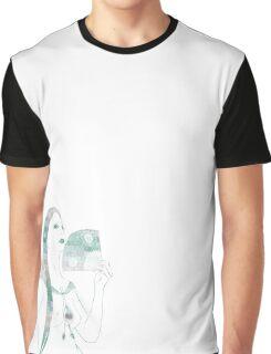 Green Fan Graphic T-Shirt
