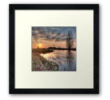 Sundown Ryptsjerker polder Framed Print