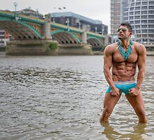 Hot Model on the Thames in London with Kenolivier by GrahamMartin