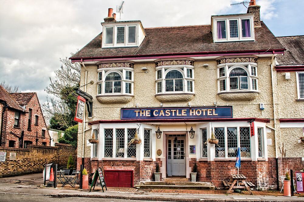 Castle Hotel, Eynsford by Dave Godden