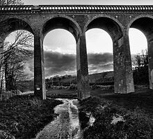 Eynsford Viaduct Over the Darent Valley by Dave Godden