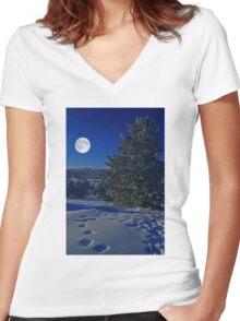 Moonlight night Women's Fitted V-Neck T-Shirt