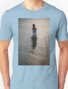 Dreaming in the water T-Shirt