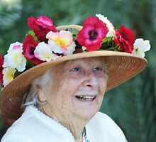 old,beautiful lady with hat by ANNABEL   S. ALENTON