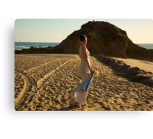 Beach bride Canvas Print