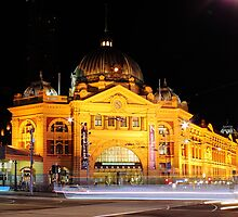 Flinders St Horse and Cart by night by John Papaioannou