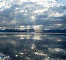 Sun Rays & Ripples by Toma Iakopo   Tomojo Photography