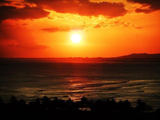 Sunset in Honolulu by jlv-