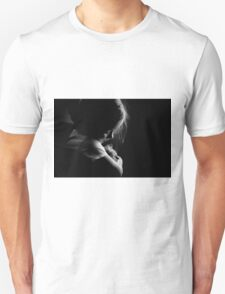 Little child girl hugging kitty Unisex T-Shirt