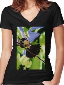 Wren in Flight Women's Fitted V-Neck T-Shirt
