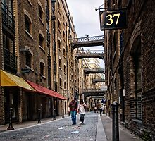 37 Shad Thames by hebrideslight