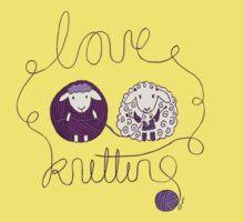 love knitting couple Kids Tee