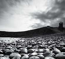 Dunstanburgh Castle by mattcattell