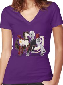 My little Vampires: Drusilla and Spike Women's Fitted V-Neck T-Shirt