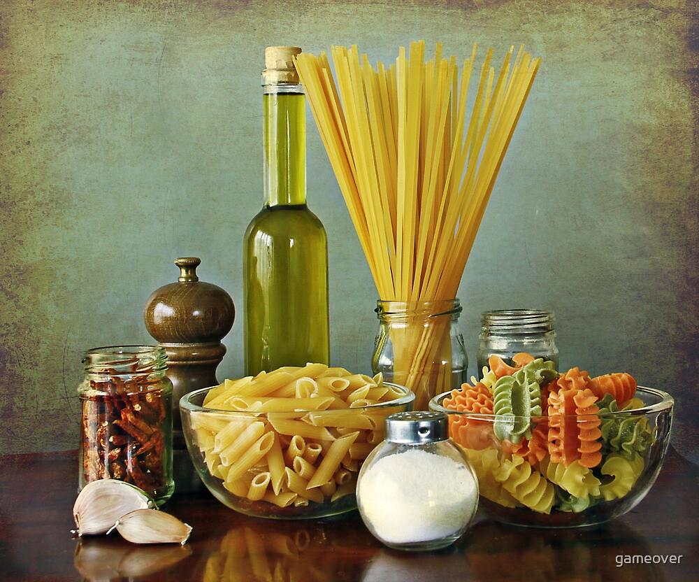 Aglio, olio peperoncino (garlic, oil, chili) noodles by Luisa Fumi