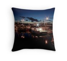 Yarmouth Harbour nights Throw Pillow