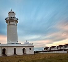 Macquarie Lighthouse by Malcolm Katon