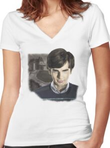 Norman Bates-Bates Motel Women's Fitted V-Neck T-Shirt