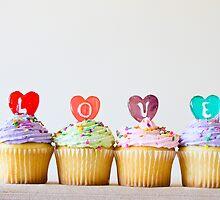 Cupcake L-O-V-E by Kel-Z