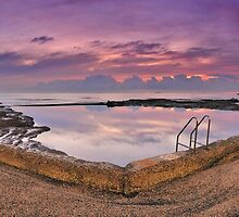 Northbeach Rockpool Pano by ytee