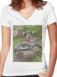 Thylacine Sculpture Women's Fitted V-Neck T-Shirt